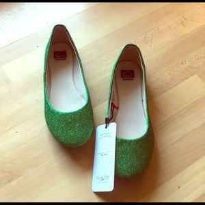 Shoes - Brand New Green Glitter Flats. Size 11.